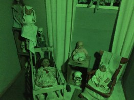 never-rest-cemetery-childs-room