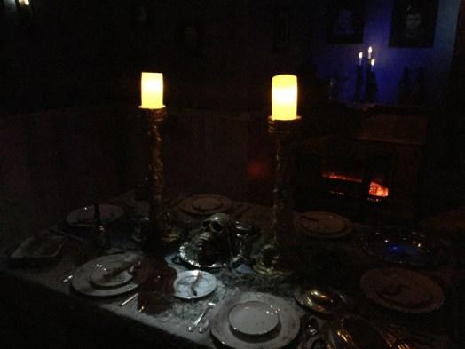 restless-souls-manor-dinner-table