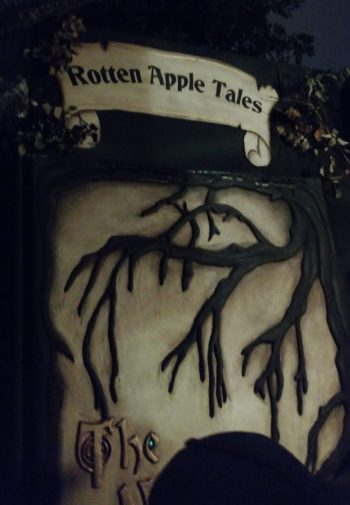 rotten-apple-tales-2016