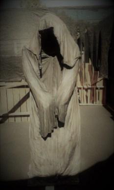 Castle Dark 2017 Shiverton hooded figure