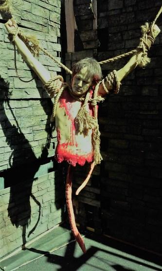 Castle Dark 2017 Shiverton suspended torso