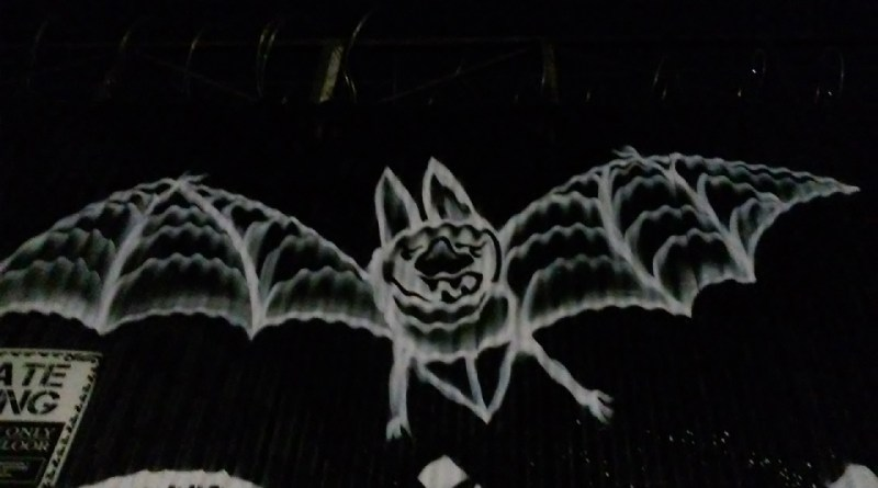 Fox Horror Rewind 2017 Review Bat graffiti
