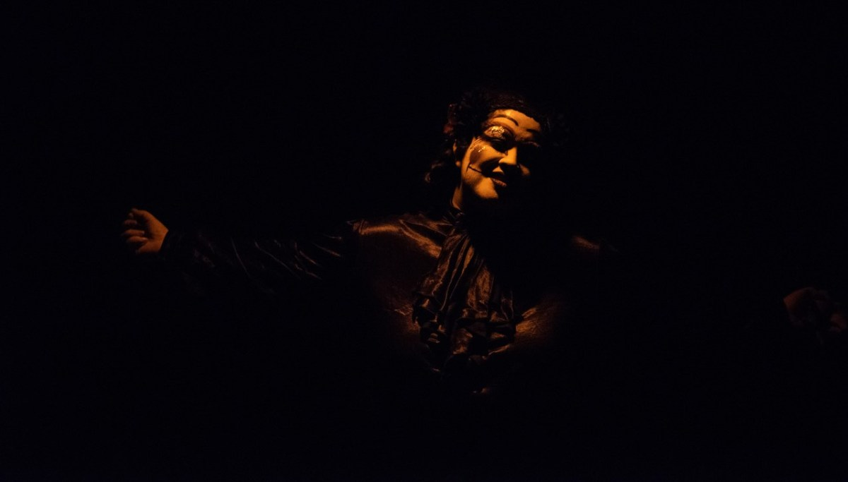 "Stage Review: ""Fallen Saints: Dark"""
