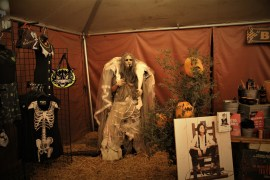 Los Angeles Haunted Hayride 2018 Review Gift Shop