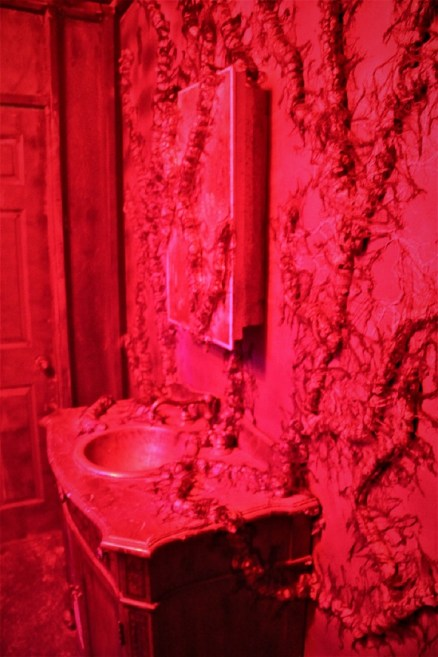Pumkin Jack 2018 Stranger Things C bathroom