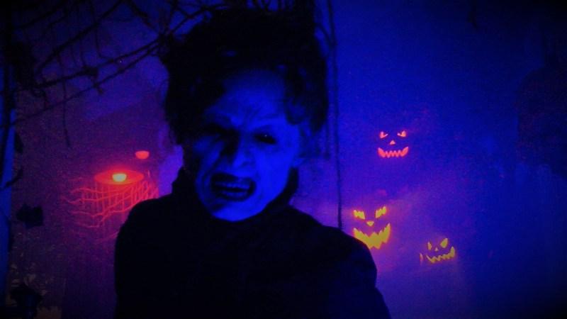 North Hollywood Yard Haunts Forbidden Woods Cemetery 2018 Evil Woman