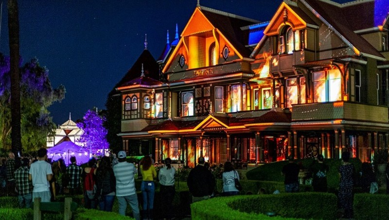 Winchester Mystery House Halloween Review Light Show