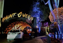 Drive-through Halloween Decor (pic by Warren So)