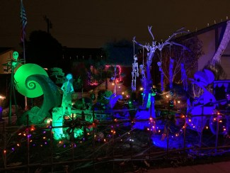Nightmare Before Christmas yard haunt