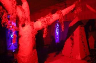 HorrorWorld Chainsaw Massacre cemetery 1