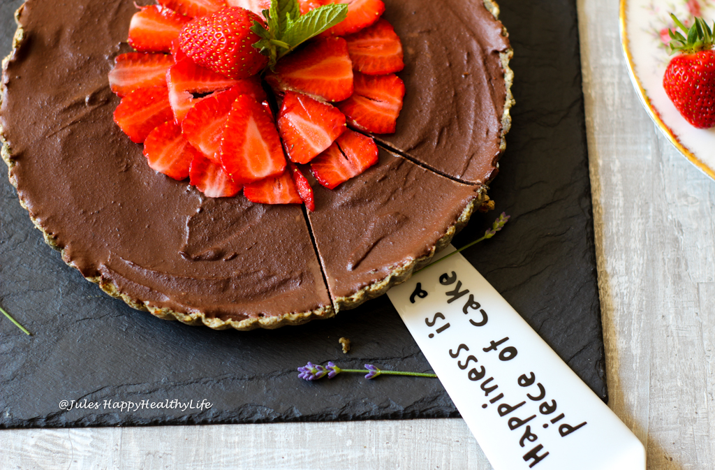 Perfect dessert for a birthday dinner or at Christmas - Raw Chocolate Ganache Tarte
