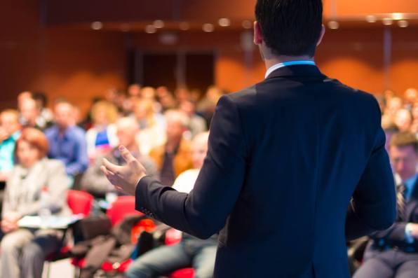 ネットワークビジネス(MLM)の誘いを受けているがコンサルティングを受けるべきでしょうか?