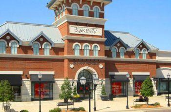 blakeney-shopping-center