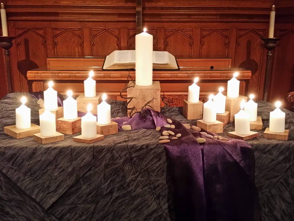 Newark FUMC Altar with candles