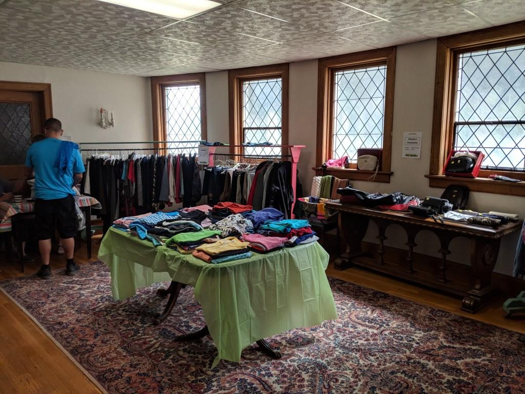 Newark FUMC 2018 Spring Bazaar Nearly New Shoppe