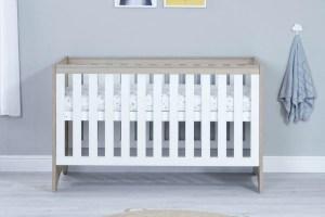 Babymore - Veni Cot Bed with Underdrawer - Oak