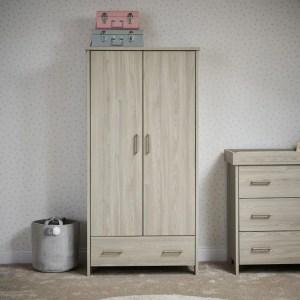Dresser / Wardrobe