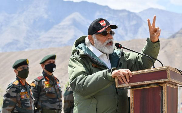 Prime minister narendra modi communicating with Indian army
