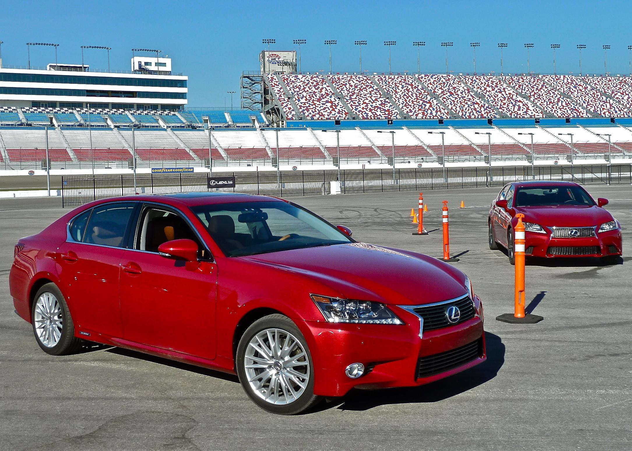GS 350 puts stealth Lexus on the street New Car Picks