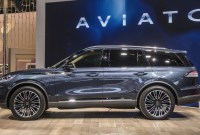 2023 Lincoln MKC Images