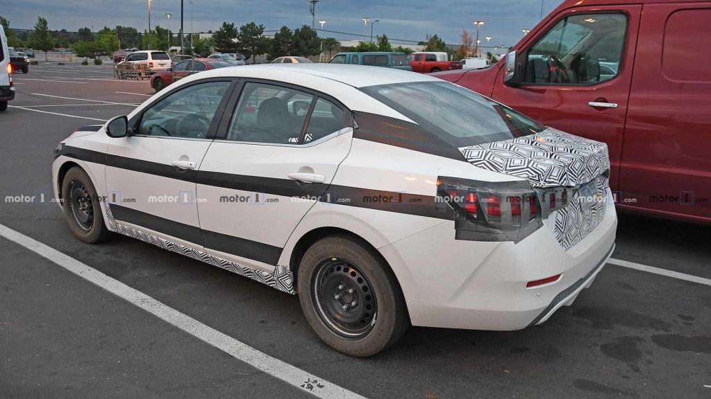 2023 Nissan Sentra Engine