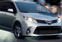 2023 Toyota Sienna Pictures