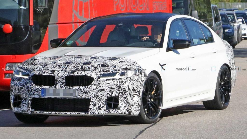 2023 BMW M5 Powertrain