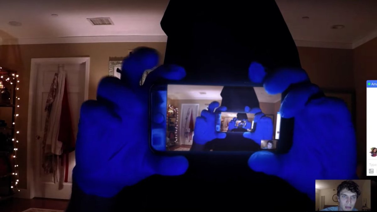 "Dare Glitch Project: A Review of ""Unfriended: Dark Web"""