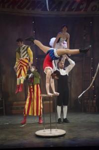 BARNUM--Circus vertical