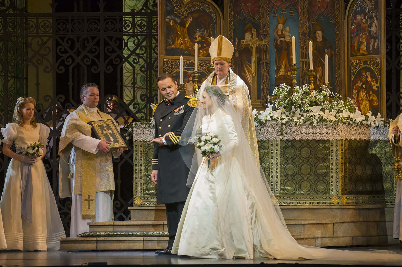 review: the sound of music/lyric opera   newcity stage