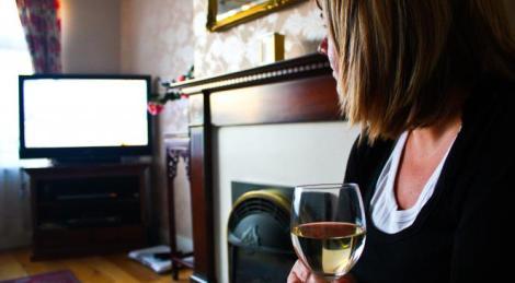 media watching_tv