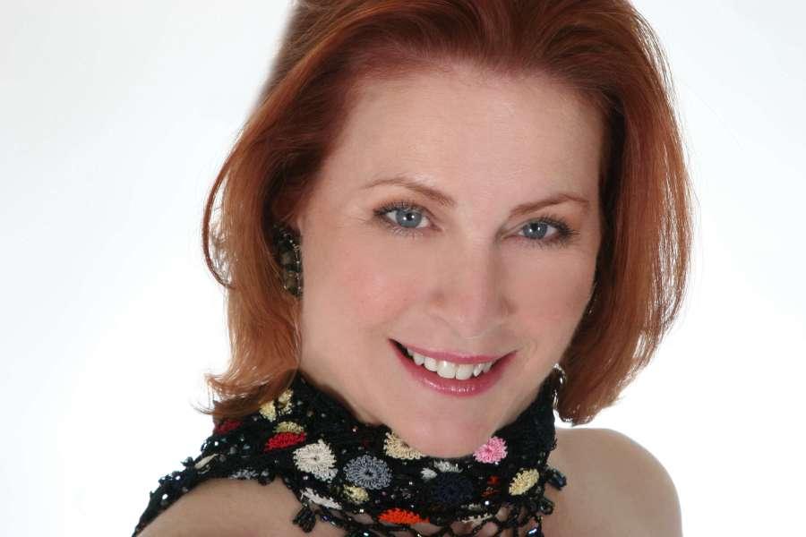 Elisa Brown