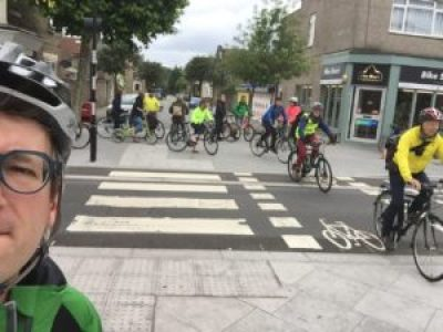 Cycle crossing with zebra