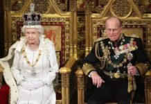 UK Queen Steps Into Debate over Philip's Funeral Outfits