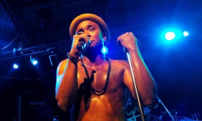 Reactions As Singer Brymo Dazzles At Concert: 'Organised Chaos'