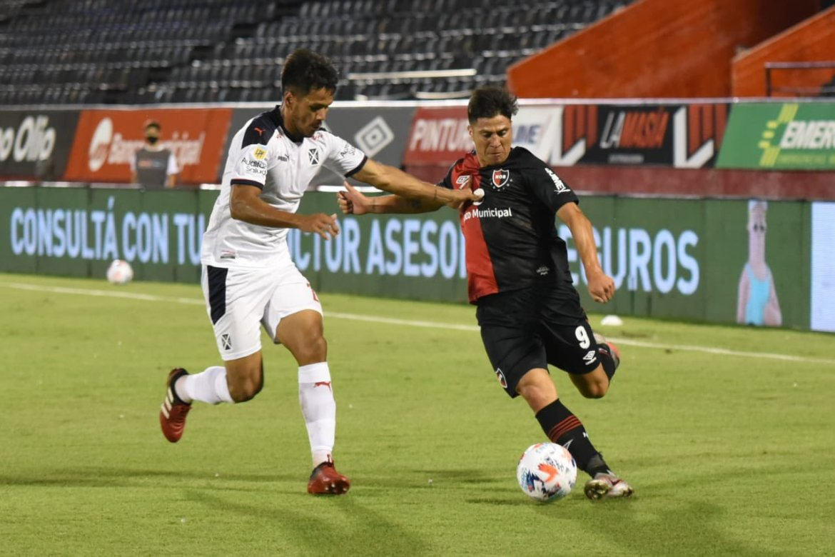 Newell's 1-2 Independiente: El Rojo's first-half fury condemns Lepra to another defeat
