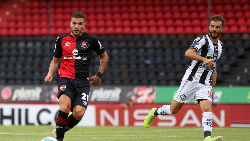 Newell's kick-off again in Chile less than 48 hours after Clásico defeat