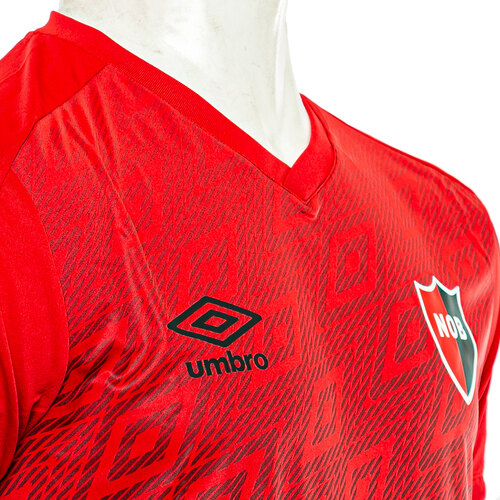 Close-up Newell's Old Boys Training T-Shirt By Umbro