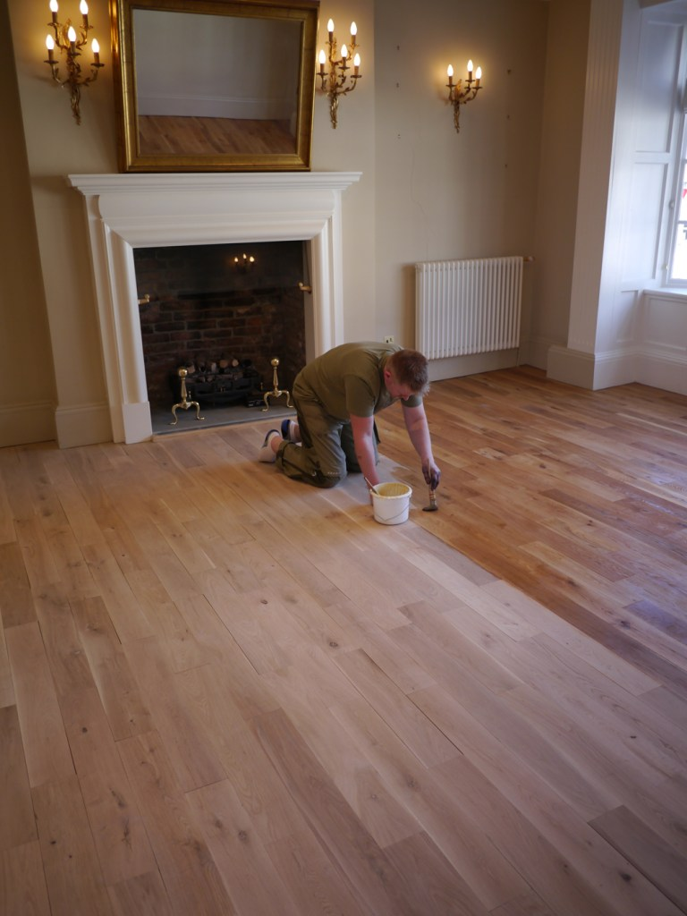 finishing wood floor with shellac
