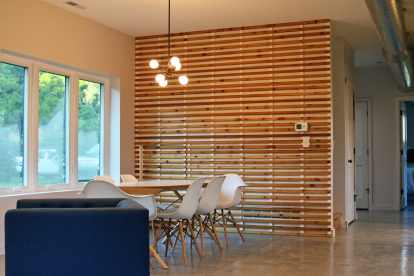 slat-wall-dining-room