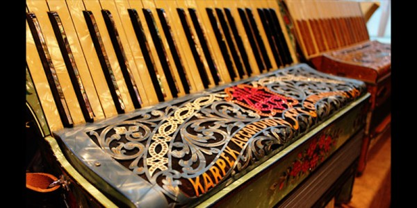 NEW-ENGLAND-ACCORDION-MUSEUM-DONATIONS-WELCOMED