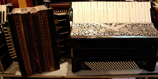 New-England-Accordion-Museum-Exhibit-Canaan-CT-11