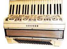 Hohner-white-4.5-reeds
