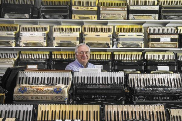Hartford Courant Visits New England Accordion Museum!