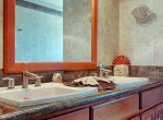 luxury-condo-belize-bathroom5-770x386