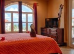 luxury-condo-belize-bedroom4-770x386