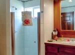 oceanview-condo-belize-bathroom1-770x386