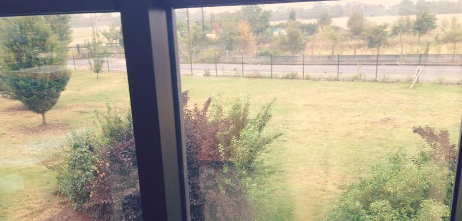Derrière les vitres de mon ancien bureau