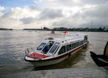 Le bateau pour arriver au Cambodge par le Mékong @neweyes