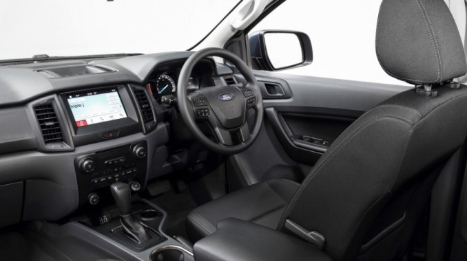 Ford Everest 2021 Interior